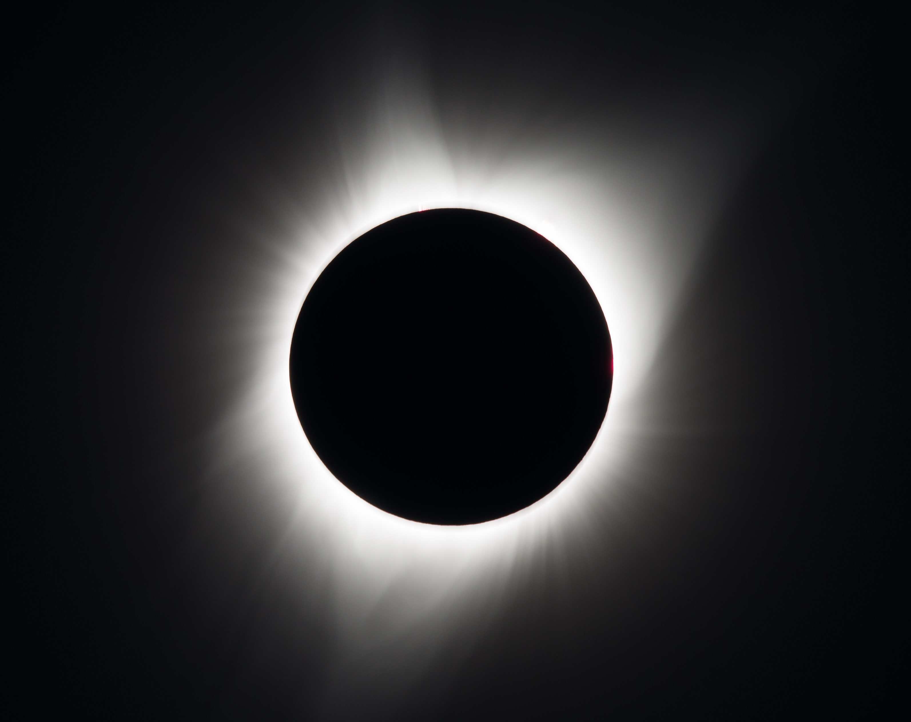 © NASA/Aubrey Gemignani - https://www.nasa.gov/eclipsephotos